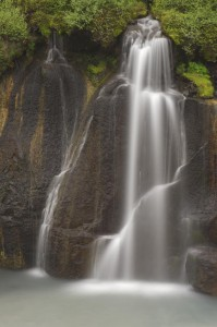 Peter_van_der_Veen-Petersmoments- waterval ijsland 1
